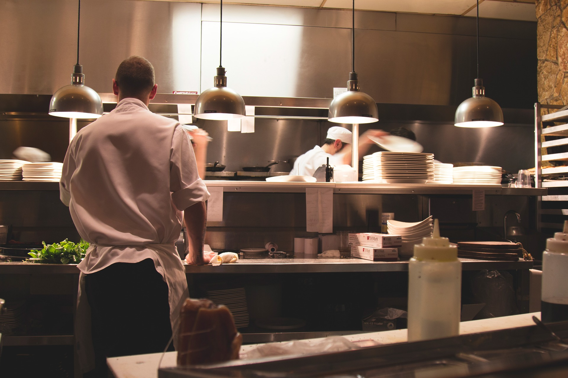 Tips for Lowering Energy Costs in Restaurants and Foodservice Operations